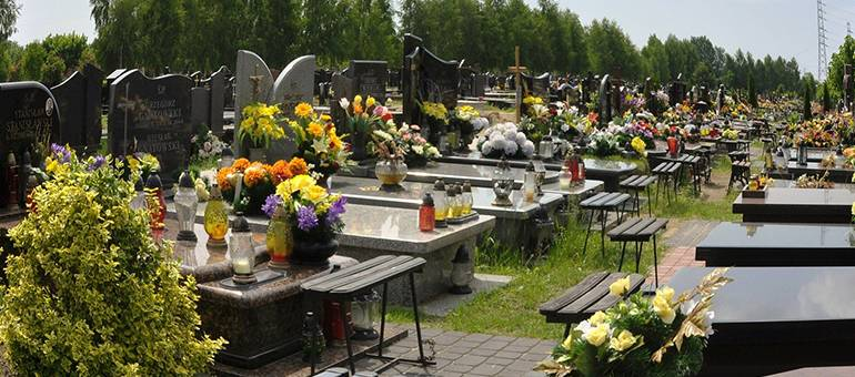 Florile care nu dau gres la priveghi sau inmormantare